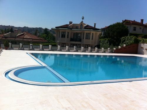 Yüzme Havuzu 4